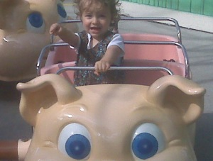 Elliot In the Piggy Parade